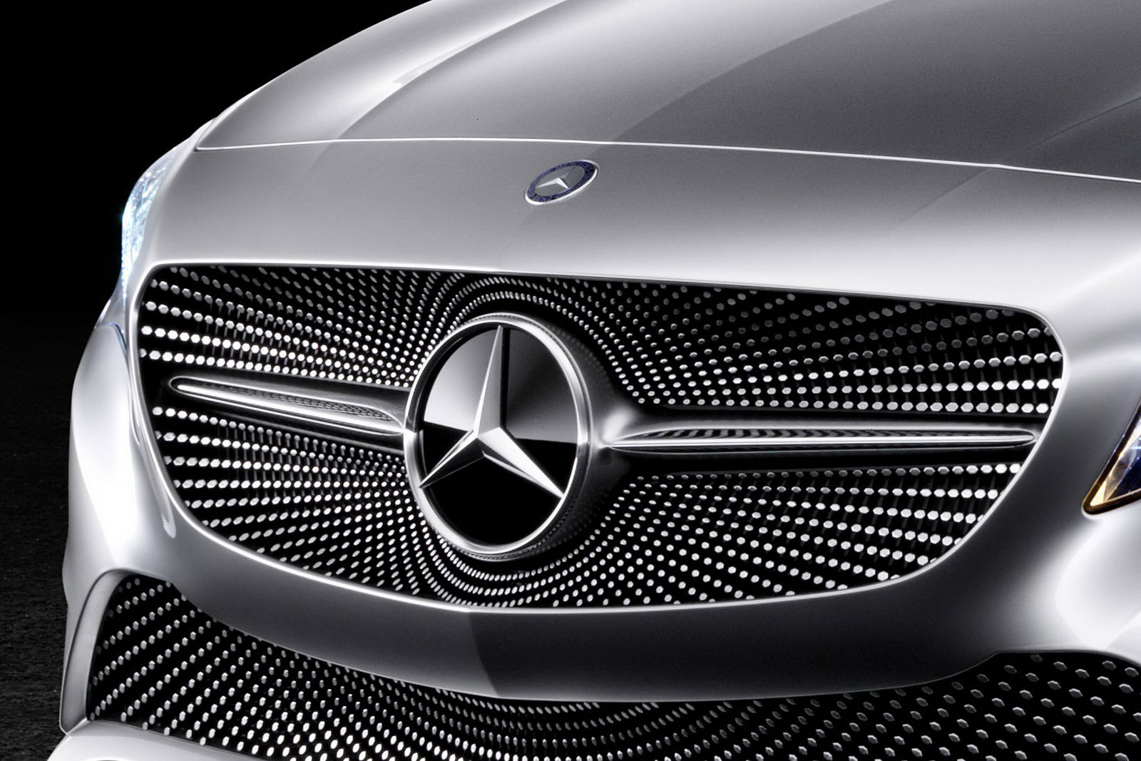 10 Really Bad Luxury Cars That Will Make You Weep: 10 Best Top Rated Mercedes Grill Comparison, Reviews