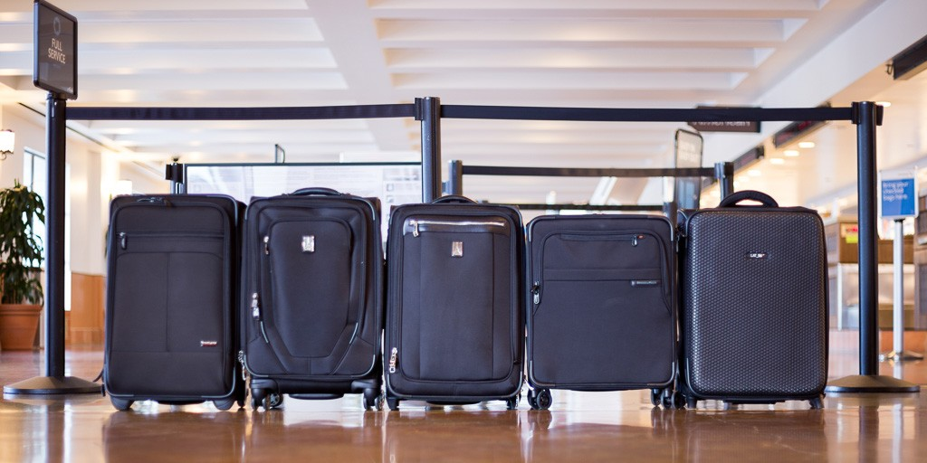 Top 10 Best Carry on Luggage With Suiter Comparison