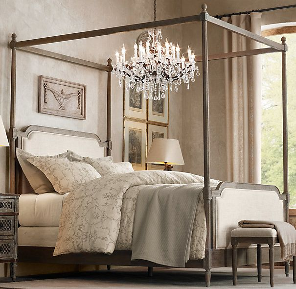 Restoration Hardware 4 Poster Bed
