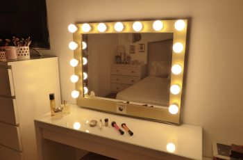 free standing vanity mirror with lights