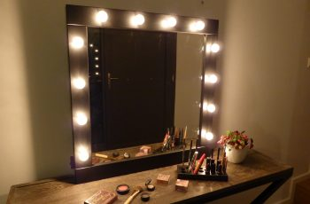 make up mirrors with lighted