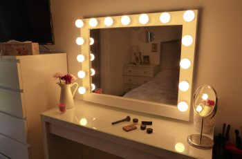 makeup vanity with led lights