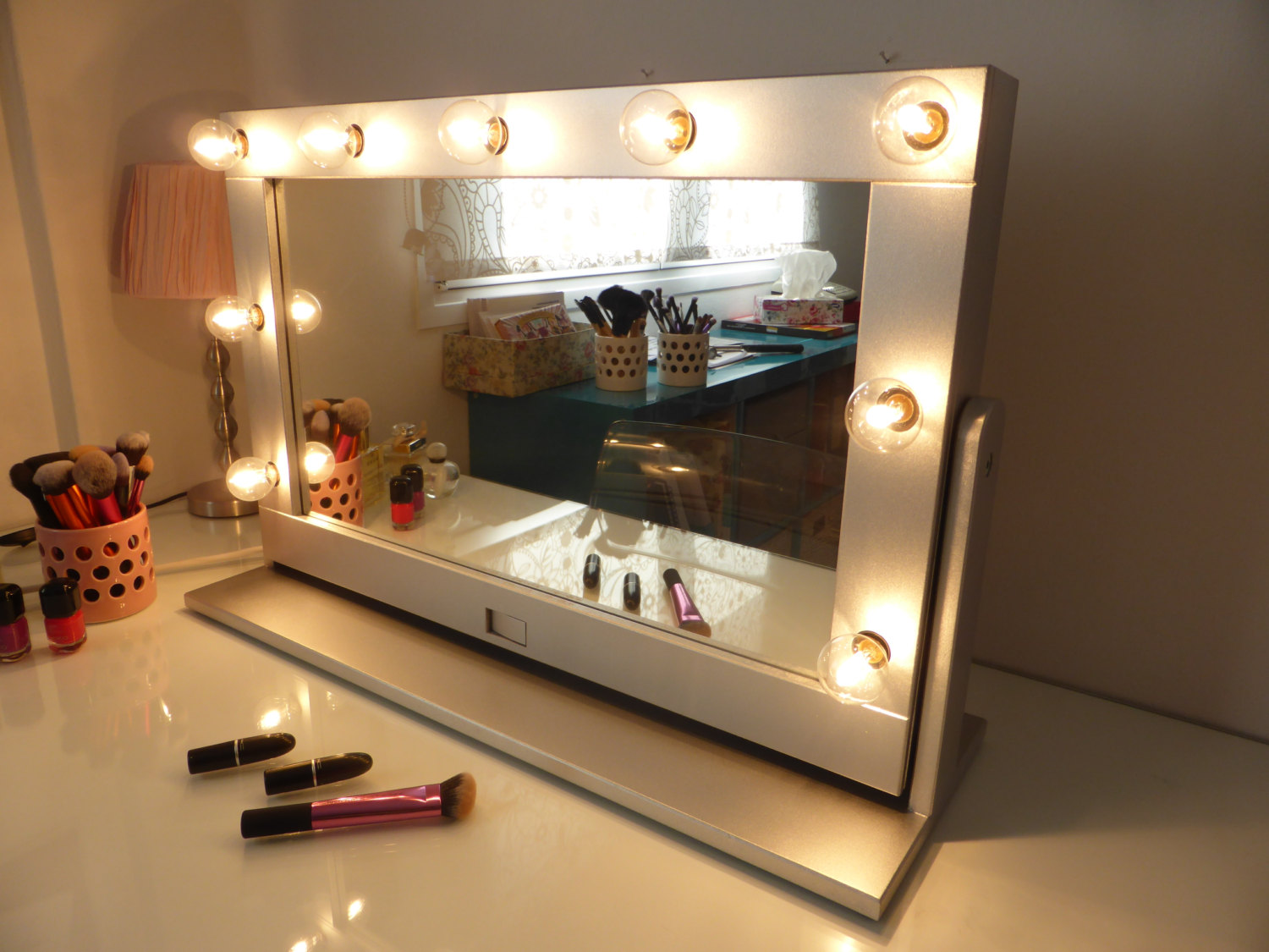 Stand Up Mirror with Lights