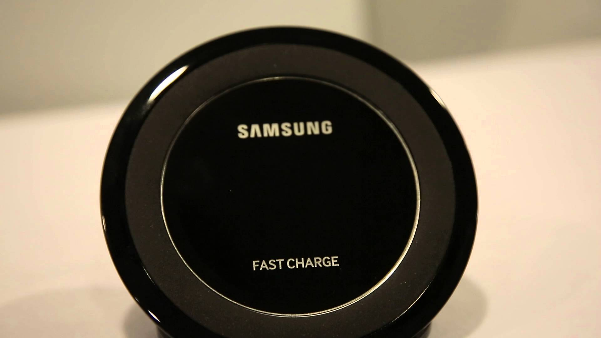 Wireless Chargers for Galaxy S7