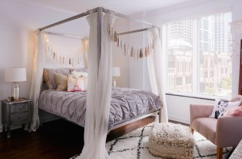 buy canopy bed online india