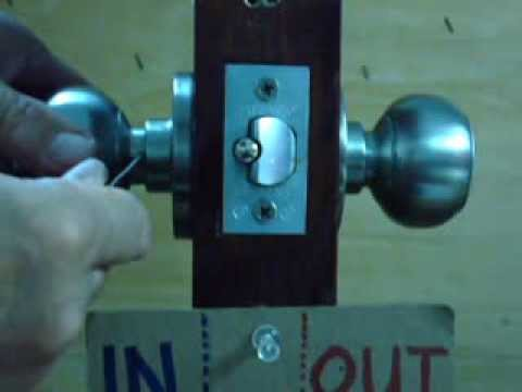 How to remove a Best knob lockset from the door