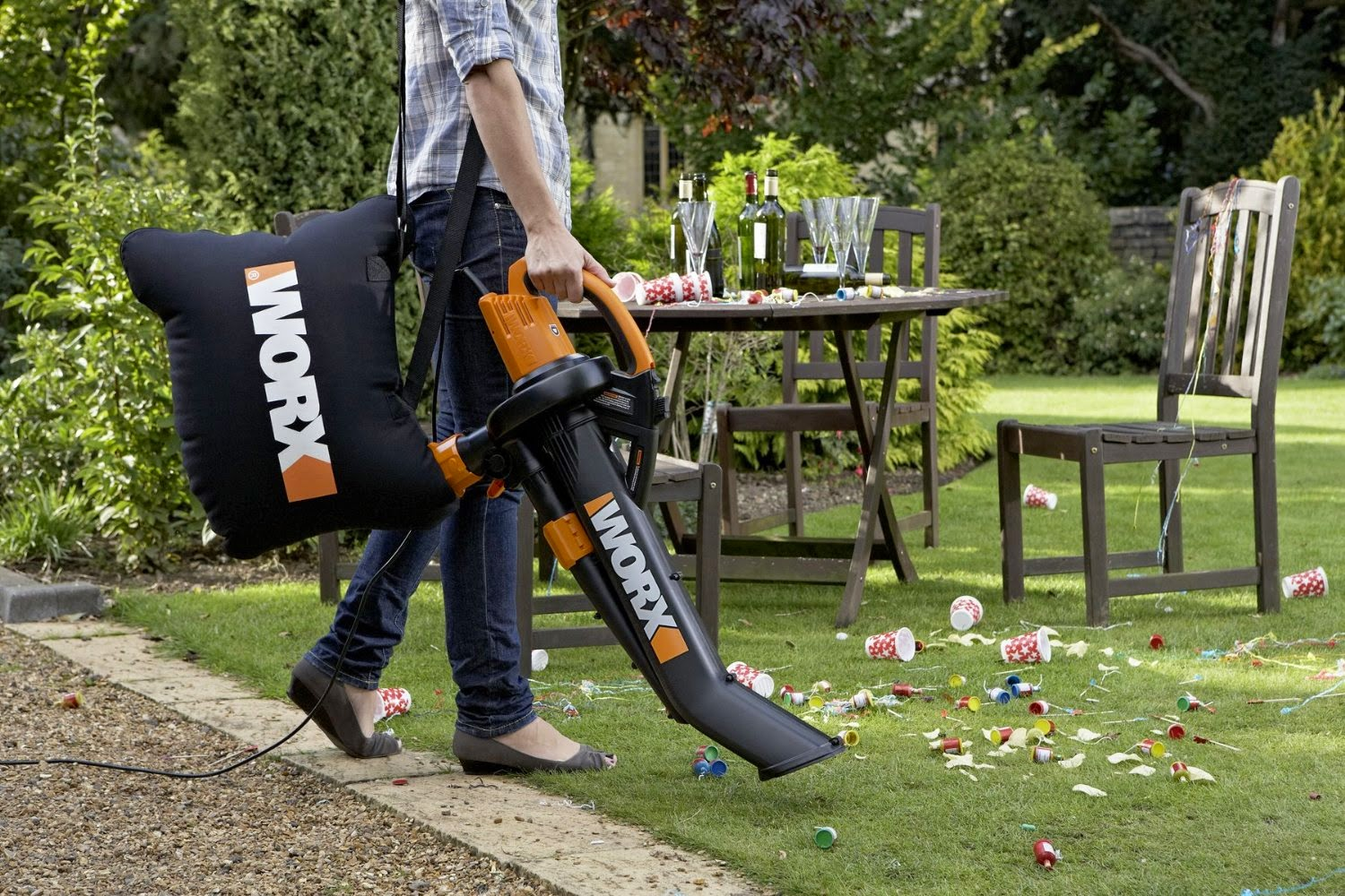 Cordless Leaf Blower Wickes