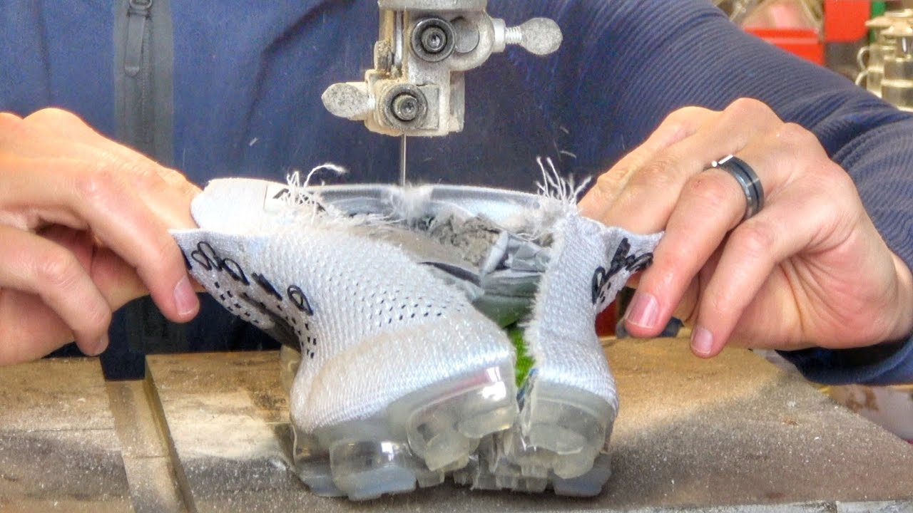 What's Inside Nike Air VaporMax?
