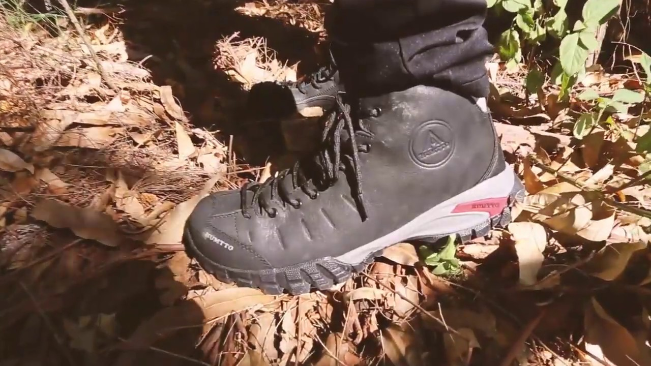 HUMTTO Men's Waterproof Non-slip Leather Winter Warm Hiking Shoes